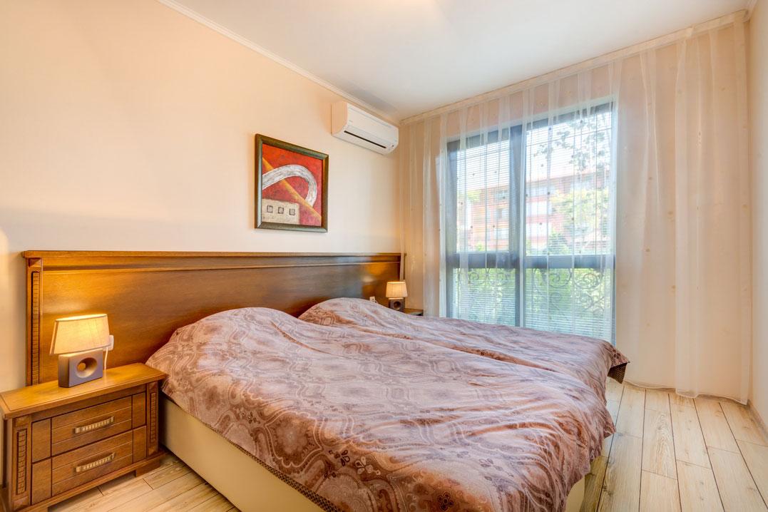 Апартамент с 3 спални, комплекс Посейдон, гр. Несебър