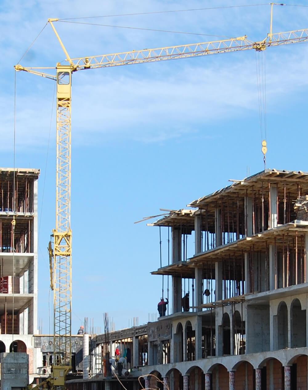 По време на строителство - ваканционни жилищни комплекси